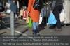 Nur wenige nutzen die Alternativen zur teuren Plastiktüte. Foto: Peter Gaß
