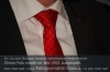 shkni-s01-07-gerich-rede-krawatte-gut